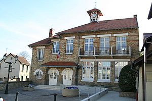 Chapet - Town hall