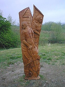 Chesterfield Canal - Wood Sculpture - geograph.org.uk - 301293