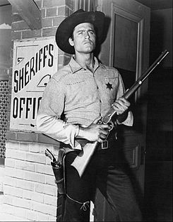 Cheyenne Clint Walker 1957.jpg