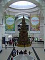 Christmas tree at Dresden Hauptbahnhof (Christmas tree at Dresden Central railway station) - geo-en.hlipp.de - 23186.jpg