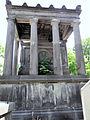 Cimetière du Père-Lachaise - Tombeau de la famille de Plaisance -3.JPG