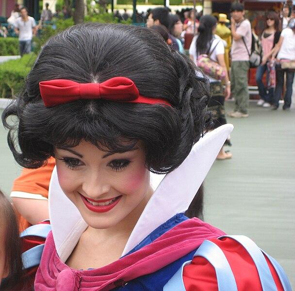 File:Cinderella at Tokyo Disney Land.jpg