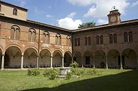 Claustro San Matteo Pisa 08.jpg
