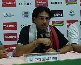 Coach Annese after game vs Persela Lamongan.jpg