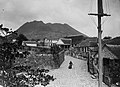 Collectie NMvWereldculturen, TM-60046347, foto 'The Quill op St. Eustatius, West Ind. Eilanden', fotograaf niet bekend, 1900-1940.jpg
