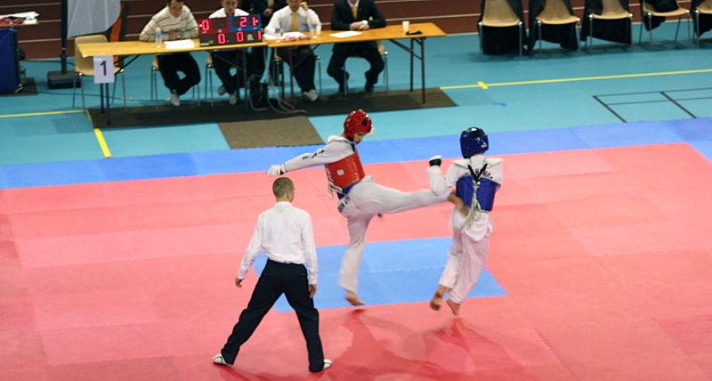 Fichier:CombatTaekwondo.jpg - Wikipedia Orange