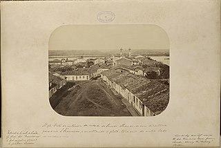 Vista do interior da cidade do Penedo olhando - se em direitura para o rio São Francisco