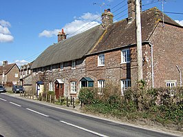 Cottages at Warmwell - geograph.org.uk - 374461.jpg