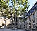 Courtyard of the Hotel de Gramont 001.JPG
