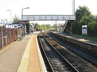 Cradley Heath railway station - Image: Cradley Heath railway station platforms in 2008