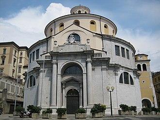 Round church - Image: Crkva Sv Vida Rijeka 140807