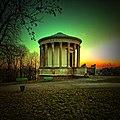 DSCF1664 Bajeczne światło Świątynia Sybilli w Puławach.jpg