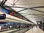 DTW McNamara terminal interior (29559579673).jpg
