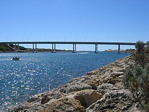Wannanup - The Port Bouvard Bridge and Dawesville Channel dominates much of Wannanup as well as provides a popular recreation spot for fishing and boating