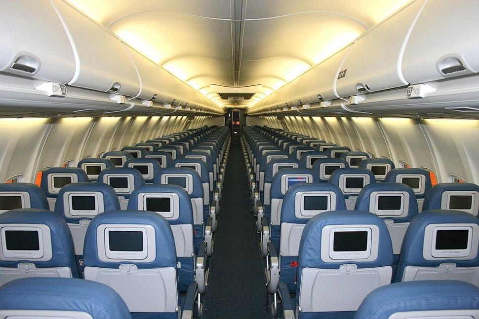 Boeing 737 Next Generation - Howling Pixel