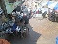 Des vendeurs sur la marché d'Analakely.jpg
