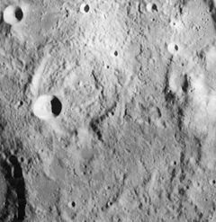 Descartes crater 4089 h2.jpg