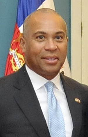 Massachusetts gubernatorial election, 2010 - Image: Deval Patrick 01 12 2011 Alianza Chile Massachusetts (6443374287) (cropped)