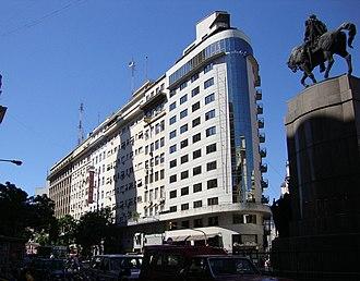 Avenida Presidente Julio Argentino Roca - Image: Diagonal Sur de Alsina a Yrigoyen