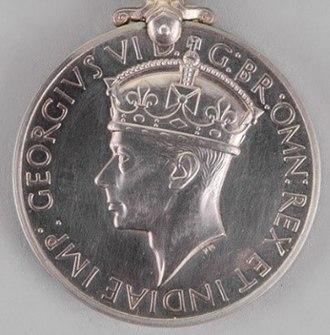 Distinguished Service Medal (United Kingdom) - Image: Distinguished Service Medal (UK) George VI obverse