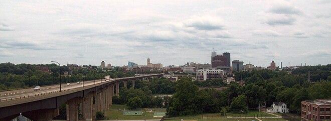 Akron – Wikipedia