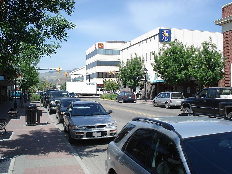 http://upload.wikimedia.org/wikipedia/commons/thumb/4/41/Downtown_Vernon.JPG/800px-Downtown_Vernon.JPG