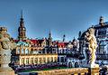 Dresden, Schloss und Zwinger kurz vor Weihnachten (13057726514).jpg