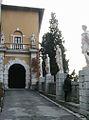 Duino - ingresso al castello.JPG
