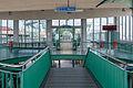 Durchgang zur Fähre nach Texel 2014.jpg