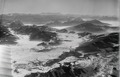 ETH-BIB-Etzel, Einsiedeln (im Dunst), Alptal, Tal von Rothenturm, Rigi im Nebelmeer v. N. O. aus 2500 m-Inlandflüge-LBS MH01-000245.tif