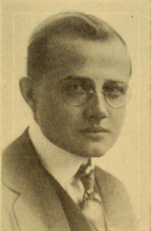 Edward T. Lowe Jr. - Edward T. Lowe Jr (1918)