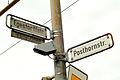 Egestorffstraße und Posthorstraße Straßenschilder mit Infotafel zu Egestorff und Videokamera.jpg