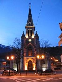 Eglise Saint-Jean-Baptiste d'Albertville (nuit).jpg