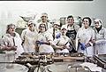 El Equipo depersonas cocinando con sentido.jpg
