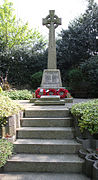 Elstree war memorial.jpg
