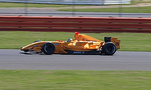Esteban Guerrieri - Guerrieri driving for Ultimate Signature at the Silverstone round of the 2008 Formula Renault 3.5 Series season.