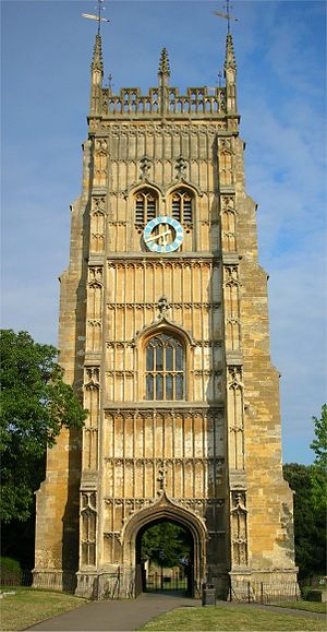 :en:Evesham Abbey bell tower in :en:Evesham, :...