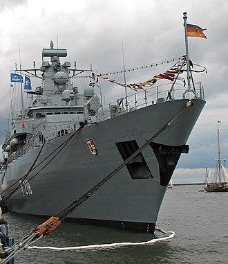 Brandenburg-class frigate - Image: F218 Mecklenburg Vorpommern Bugansicht