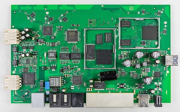 FRITZ!Box 7490 - board-4152.jpg