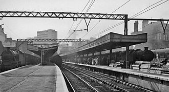 Fenchurch Street railway station - View westward towards the City end of the station, in May 1961