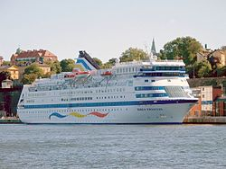 "Die Sea Diamond unter ihrem alten Namen ""Birka Princess"" 2005 in Stockholm"