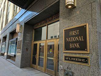 First National Bank Building (Saint Paul, Minnesota) - Entrance to the First National Bank Building