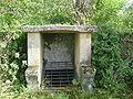 Fontaine Margout, Chazeuil (Nièvre).jpg