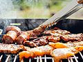 Food-chicken-meat-outdoors (23698693183).jpg