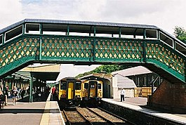 Footbridge at Okehampton railway station (John Spivey).jpg