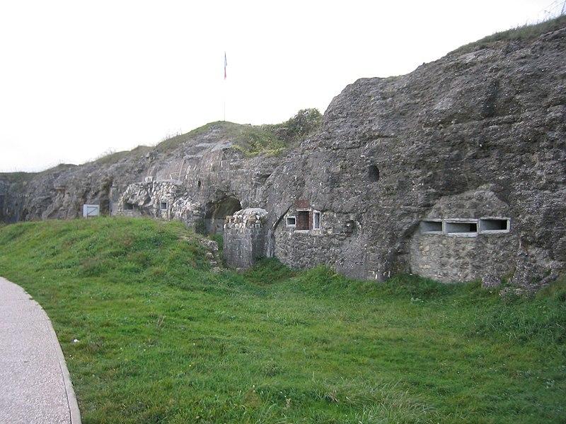 Fort de Douaumont - Vue générale des vestiges du fort