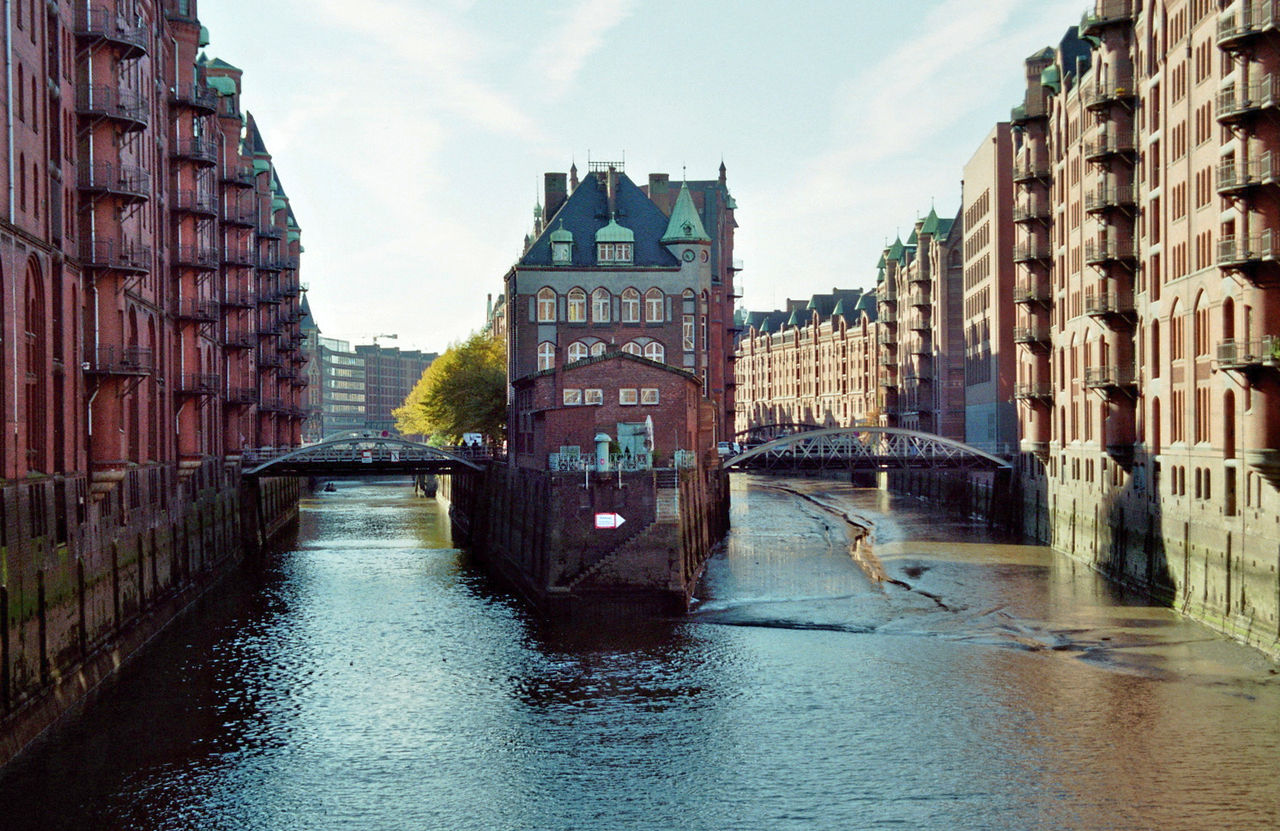 hamburg hafencity speicherstadt skyscrapercity. Black Bedroom Furniture Sets. Home Design Ideas
