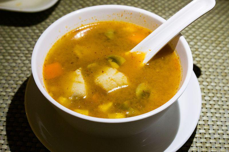 File:Gaeng Som Pla Or Thai sour fish soup.jpg