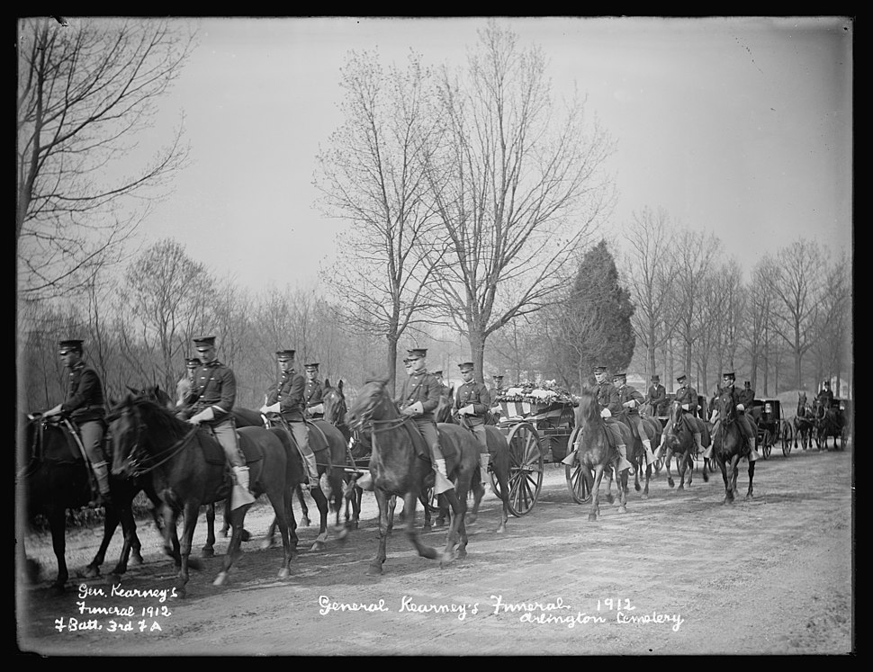 General Kearney's funeral, 1912, F. Batt, 3rd F.A., Arlington Cemetery, (Virginia) LCCN2016852561