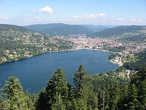 Gérardmer - Gérardmer and its lake